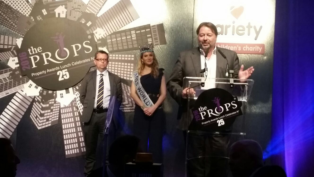 "Bruce Ritchie awarded Entrepreneur of the Year at ""the PROPS"" Awards 2016"